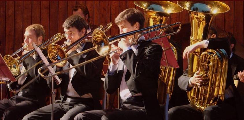 У Луцьку запрошують на концерт народного аматорського духового оркестру