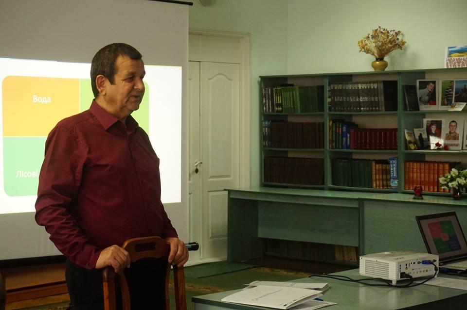 Волинський еколог розповів про причини смороду у Луцьку