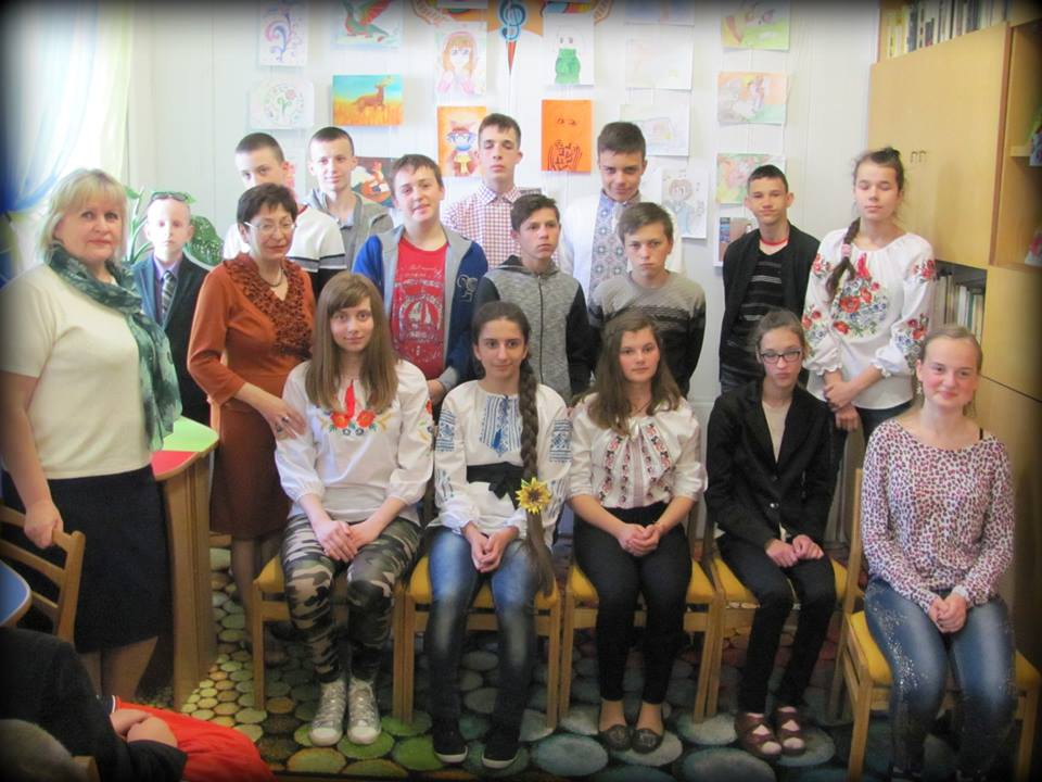 У Луцьку відбулась виставка малюнків особливих дітей. ФОТО