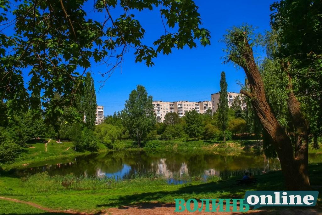 Травневий парк імені 900-річчя Луцька. ФОТОРЕПОРТАЖ