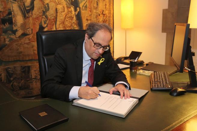 Глава Каталонії затвердив новий уряд без ув'язнених політиків
