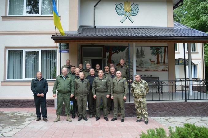 Волинські лісівники відвідали Буковину. ФОТО