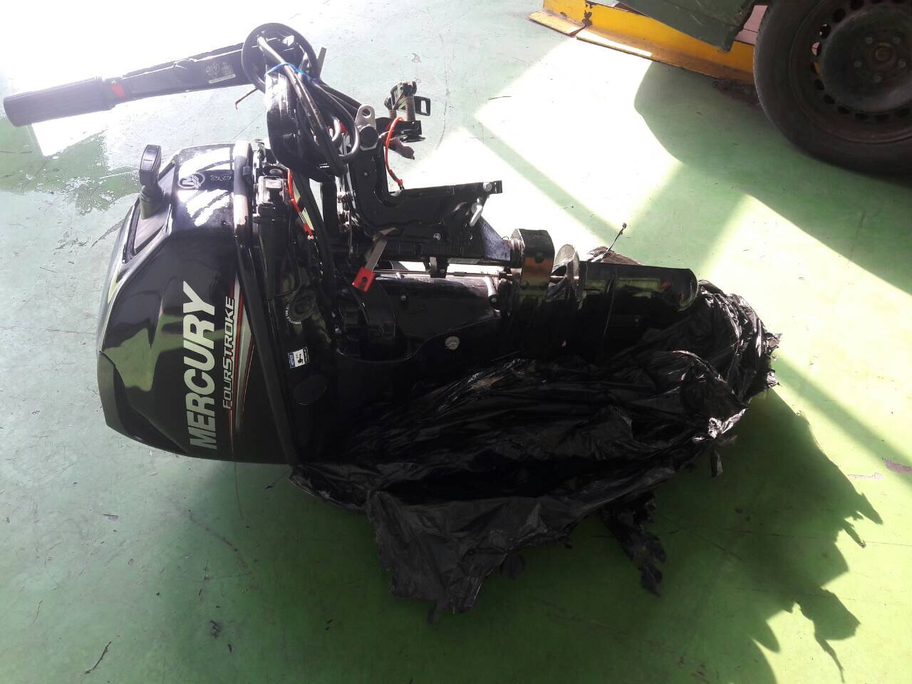 На «Ягодині» у волинянина вилучили незадекларований човновий двигун