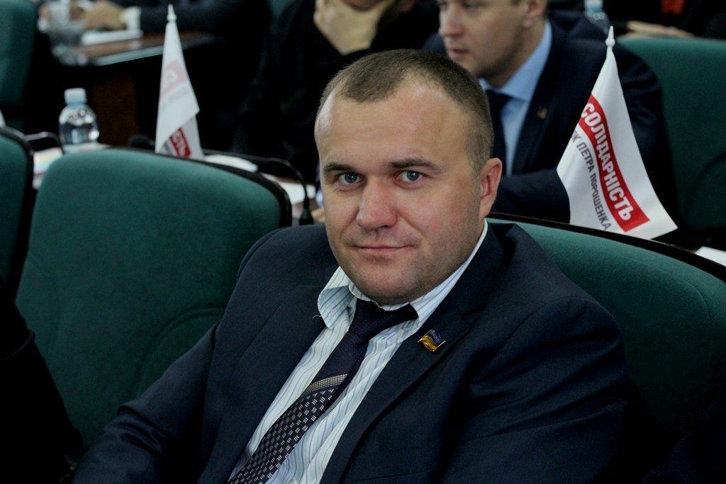 Депутат Луцькради задекларував землю та будинки у курортній зоні, а також фірму, що торгує напоями