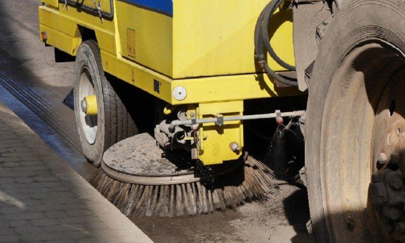 Депутат Луцькради скаржиться на якість прибирання вулиць міста
