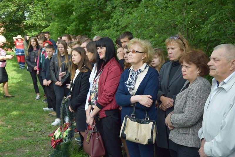 У Луцьку вшанували борців за мир і жертв фашизму. ФОТО
