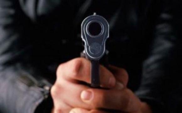 Волинянину, який погрожував застрелити людей на заправці, оголосили про підозру