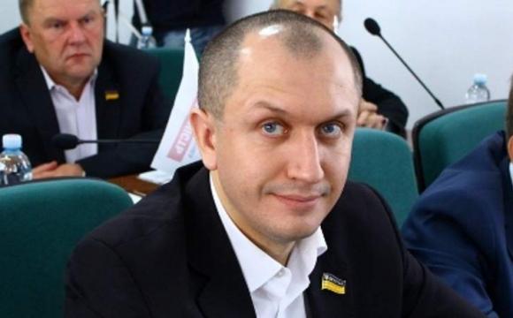 Депутату Луцькради подарували майна майже на півмільйона гривень