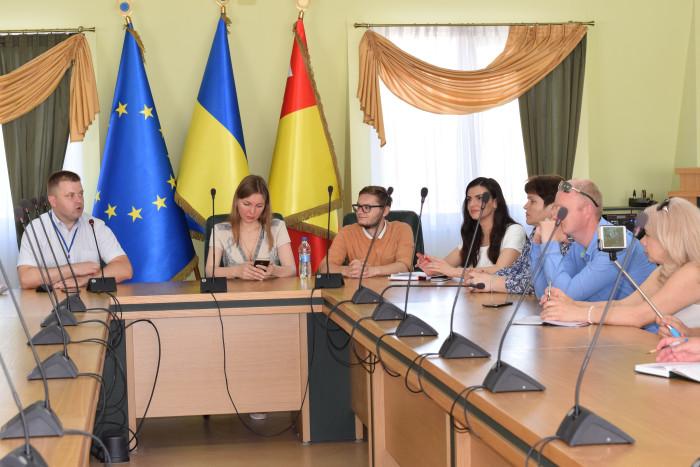 До луцького ЦНАПу завітали колеги з Одеси