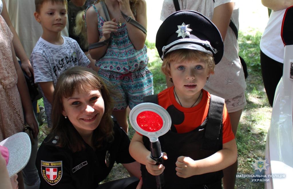 У Ковелі дітям розповіли про професію поліцейського. ФОТО
