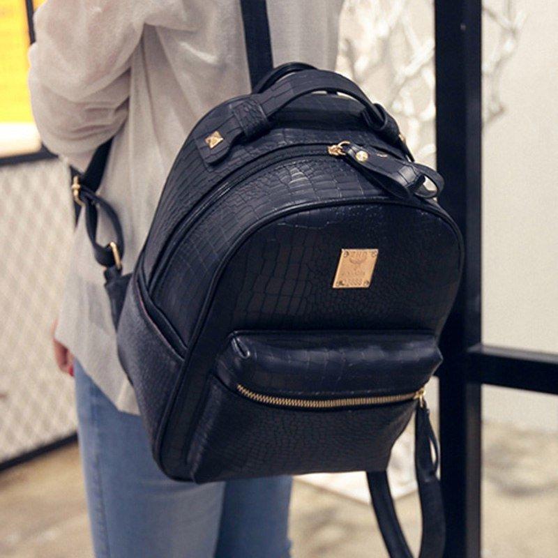 1f9300bc3443 Звоните! Менеджеры интернет-магазина GoFashion помогут в выборе рюкзака!