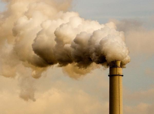 Які підприємства найбільше забруднюють повітря на Волині