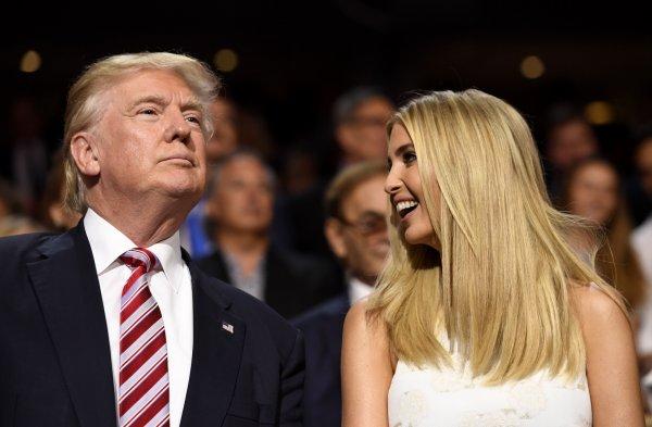 Трамп закликав звільнити телеведучу за нецензурну лайку про його доньку Іванку