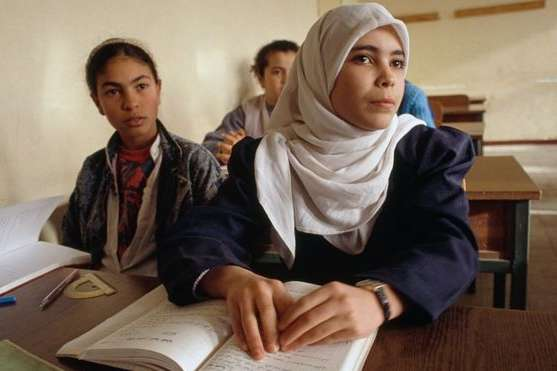 В Алжирі на час випускних іспитів заблокували інтернет