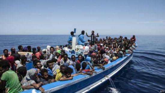 Італія закрила порти для ще двох суден з мігрантами