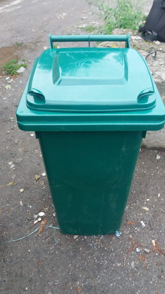 У Луцку для мешканців однієї з вулиць затвердили графік вивозу сміття