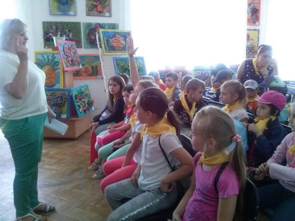 У Луцьку для юних читачів бібліотеки провели пізнавальне заняття