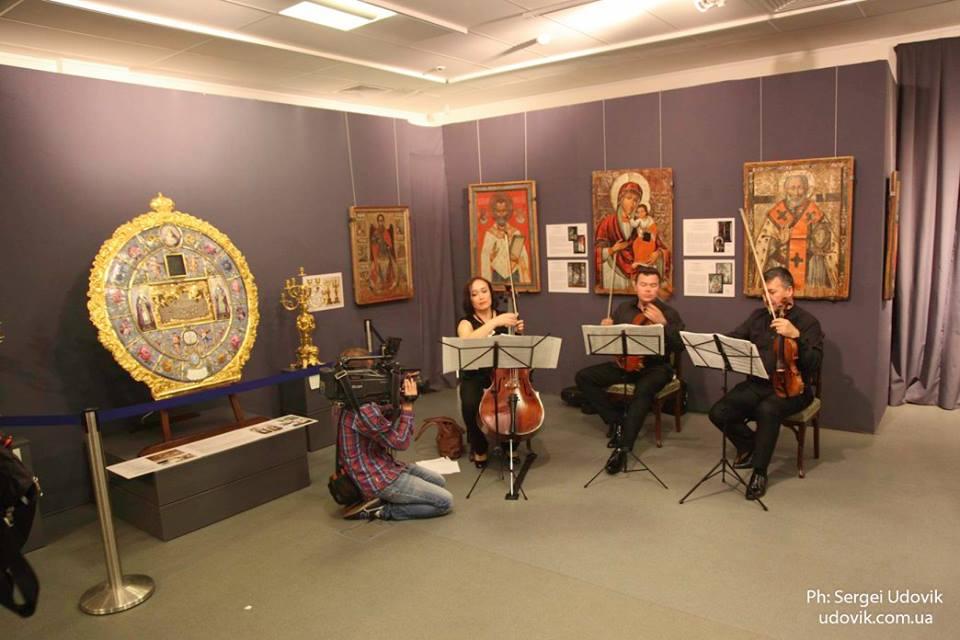 Волинські ікони показали на престижній виставці у Києві