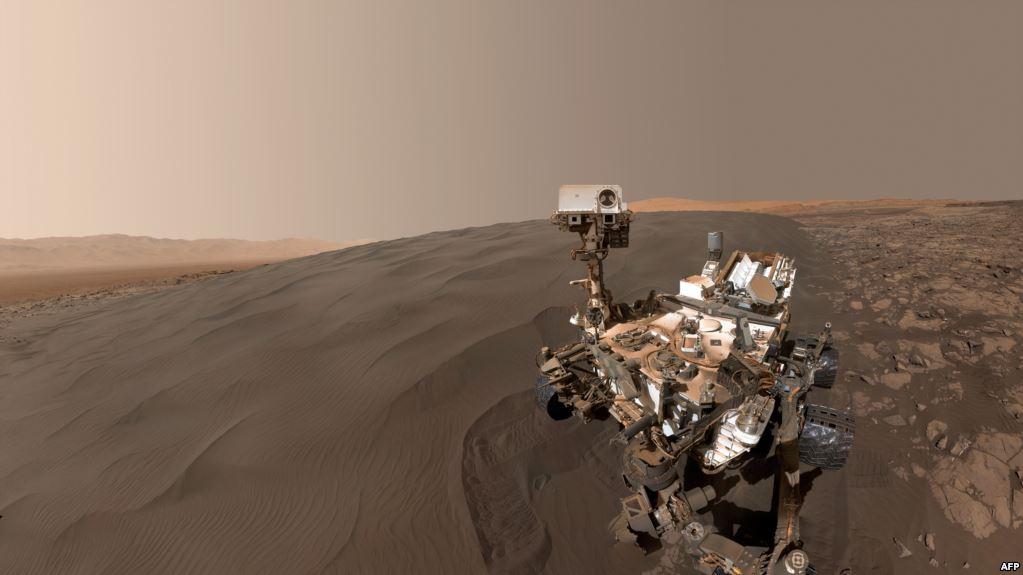 Дослідники НАСА виявили органічні молекули на Марсі