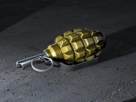 На одній із автостоянок Луцька знайшли учбову гранату