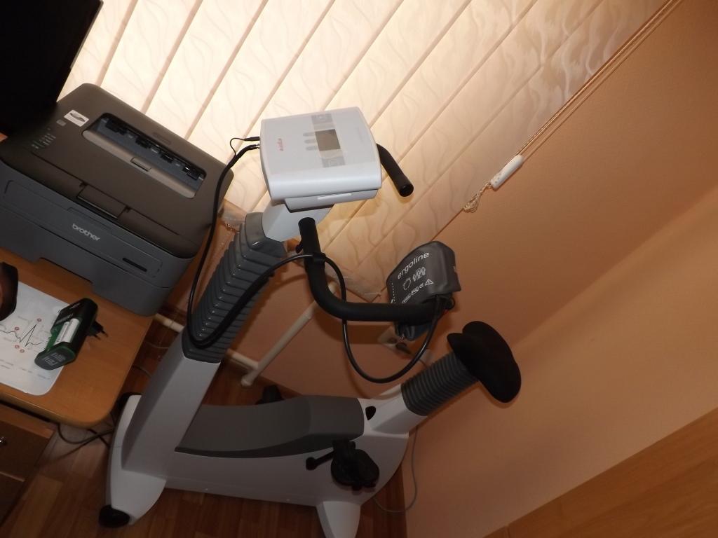 У луцькій лікарні обстежуватимуть пацієнтів на новому велоергометрі. ФОТО