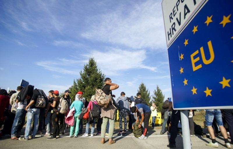 Італія закликала країни ЄС до введення квот на економічних мігрантів