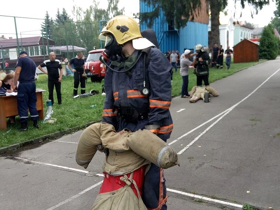 У Луцьку визначили найсильніших пожежних
