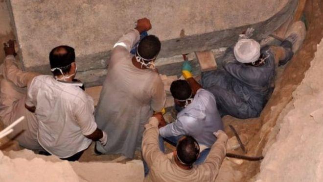 В Єгипті знайшли загадковий гігантський саркофаг