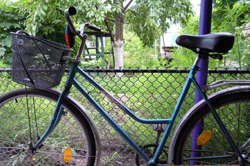 Лучанин вкрали велосипед у пенсіонерки