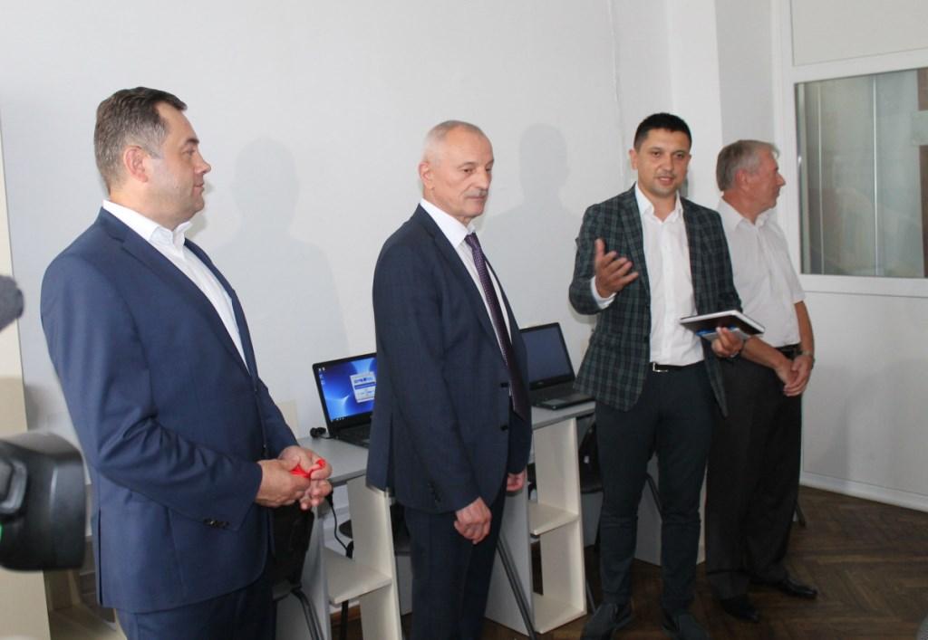 У Луцьку відкрили Центр професійного і кар'єрного консультування
