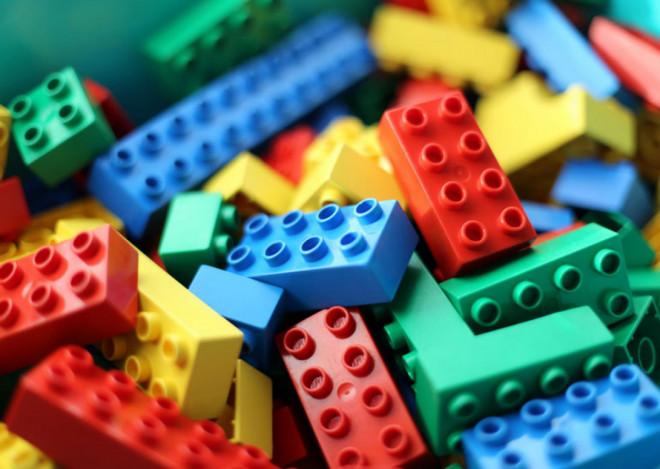 Волинь отримала понад 15 тисяч наборів конструкторів «LEGO»