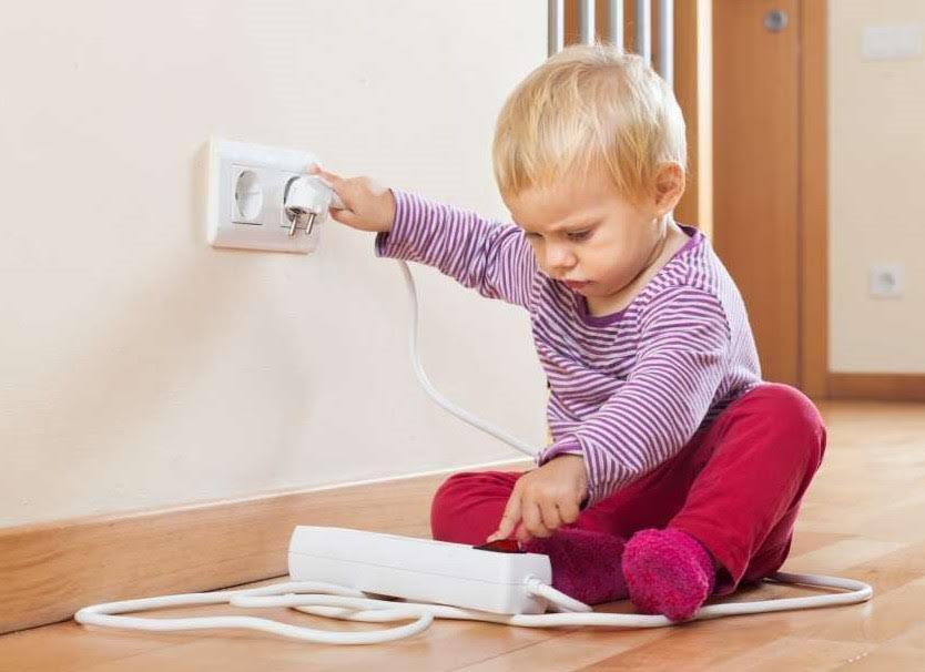 Волинянам розповіли, як уберегтись від ураження електричним струмом