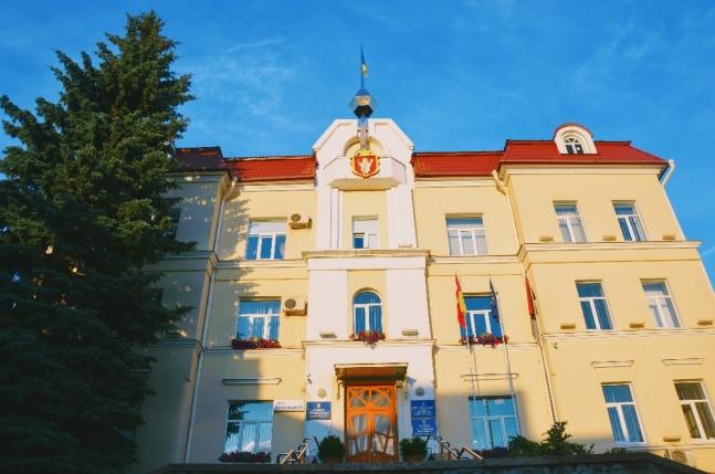 У Луцькраді вирішили, хто призначатиме керівників навчальних і медзакладів
