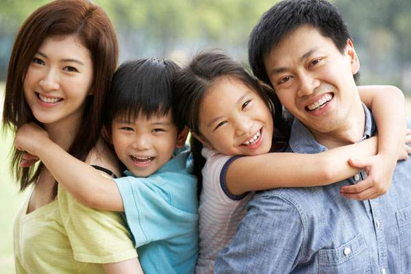 Китайська влада хоче фінансово заохочувати народжуваність дітей