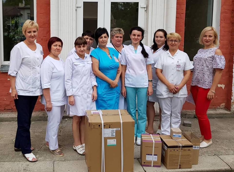 Волинські лікарні отримали обладнання на 200 тисяч доларів