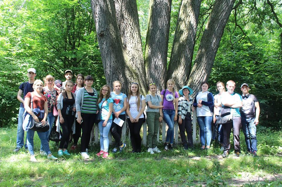 Студенти Лесиного вишу вивчали птахів Цуманської пущі. ФОТО