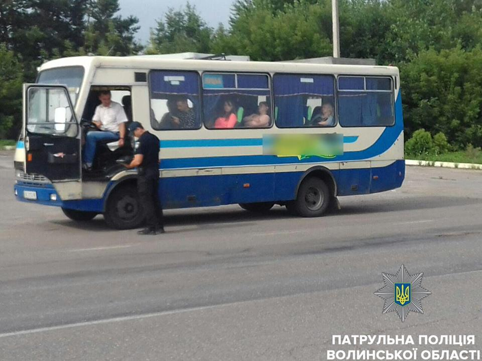 На Волині патрульна поліція виявила технічно несправні автобуси