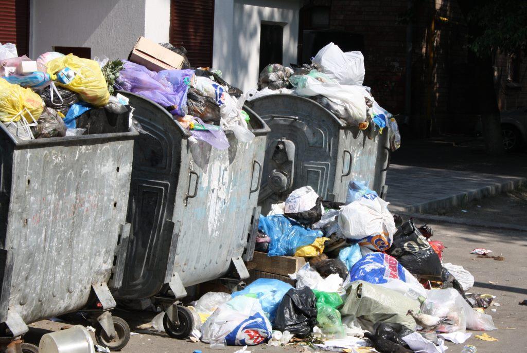 На скільки зростуть тарифи на сміття у Луцьку