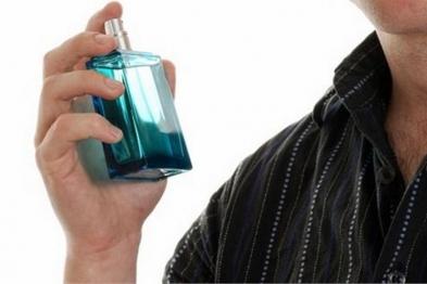 Мешканець Рівненщини викрав у Луцьку парфуми