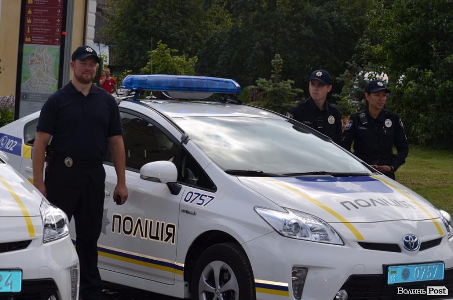 Волинян запрошують на день народження патрульної поліції