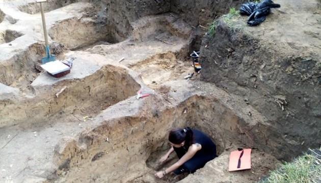 Чернігівські археологи знайшли семиярусне кладовище. ФОТО