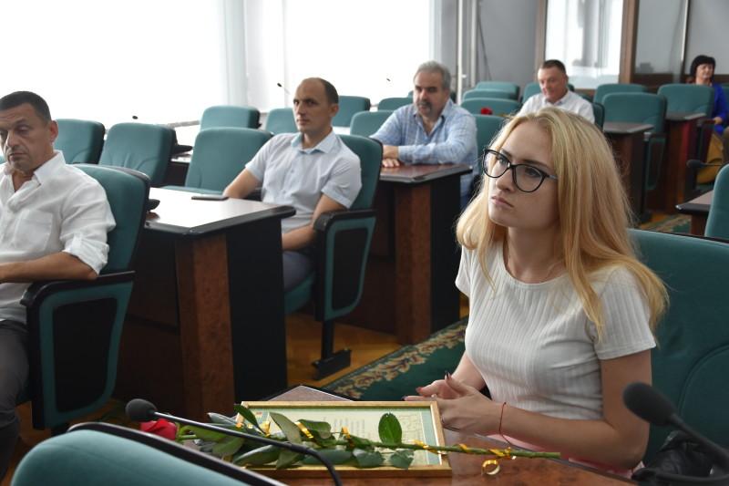 У Луцькраді урочисто привітали працівників торгівлі. ФОТО