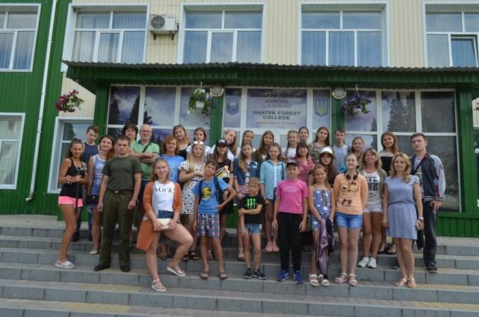 Юні художники з Луганщини відпочивали на Світязі