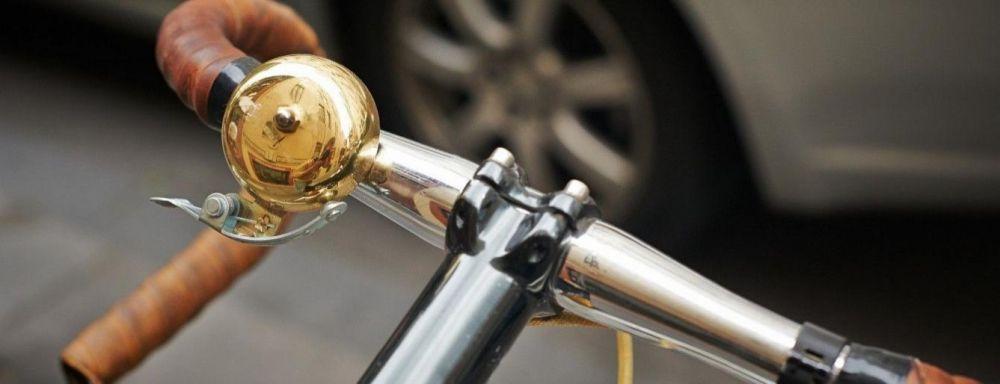 На Волині велосипедистка потрапила під колеса легковика