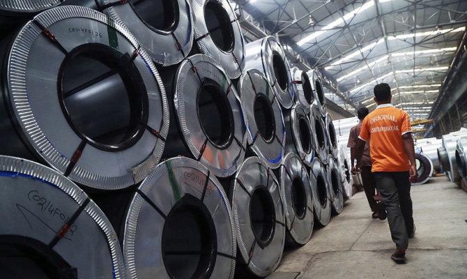 Єврокомісія запроваджує тимчасові захисні заходи щодо імпорту сталі
