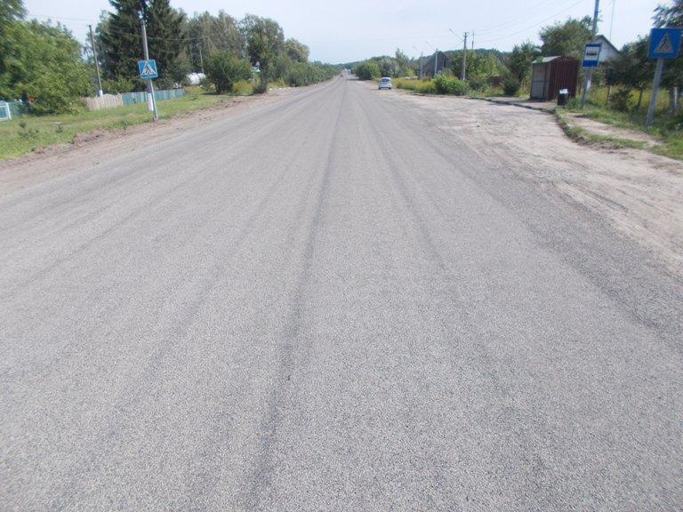На Волині застосовують подвійну поверхневу обробку доріг