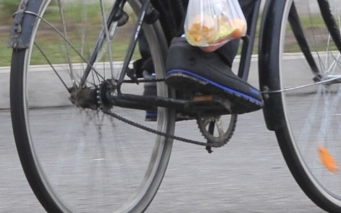 Лучанин збив дідуся на велосипеді
