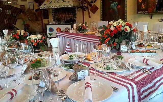 Повідомили, чим отруїлися гості весілля у ресторані «Садиба на джерелах»