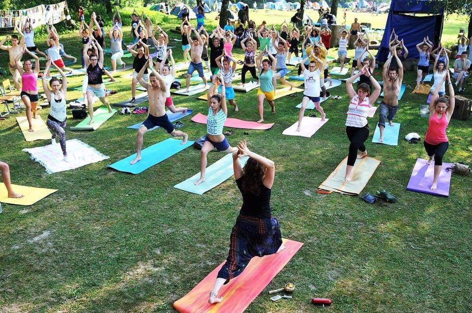 Ранок на «Бандерштаті» починатиметься з йоги