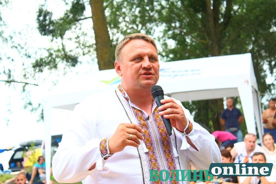 Олександр Шевченко на «Бандерштаті» сказав, що буде щомісяця перевірятись на детекторі брехні